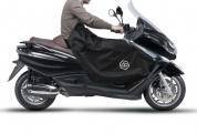 Piaggio X10 öltakaró fekete